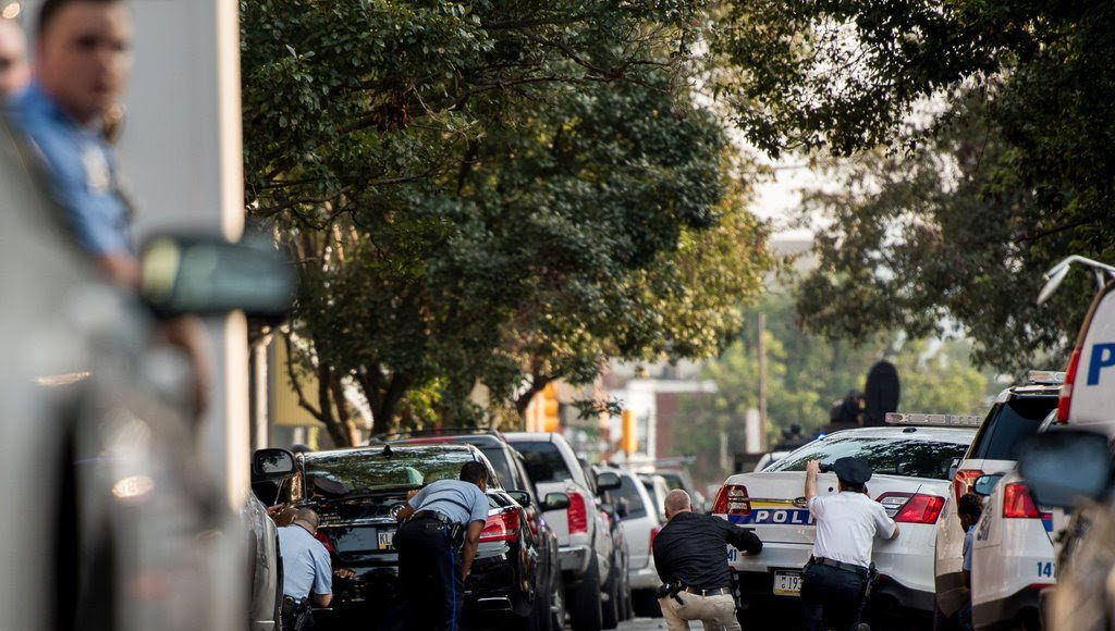 The man who shot six Philadelphia cops during lengthy standoff was an FBI informant