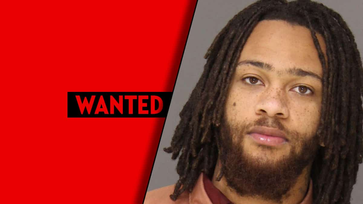 Jabree Robertson of Delaware County wanted for murder but remains at large » Your Content
