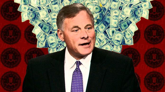 FBI Raid Republican Sen. Richard Burr's Home, Seize His Cell Phone Amid Stock Scandal